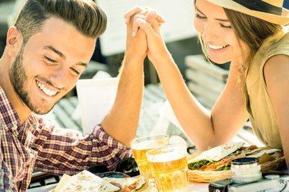 Los mejores signos para una relación seria con Géminis